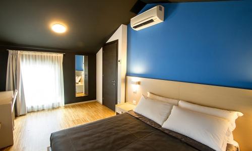 Dormire-vicino-a-trieste_appartamento-attico_ResidenceBleu_ap 04-1